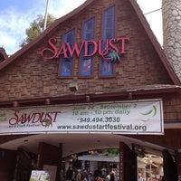 Photo taken at Sawdust Art Festival by Jake H. on 7/15/2012