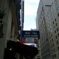 Photo taken at Bella Vita Pizzeria by Jerry W. on 7/11/2012
