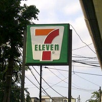 Photo taken at 7 Eleven by Eddy S. on 4/27/2012