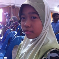 Photo taken at Sek. Men. Keb. Saujana Utama by Deezzul J. on 3/4/2012