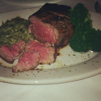 Photo taken at Ruth's Chris Steak House by Melody T. on 6/21/2012