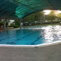Photo taken at ATLANTIS swimming pool by Duma S. on 6/24/2012