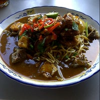 Photo taken at Sri Tanjung Cafe by HAIRUL O. on 4/13/2012