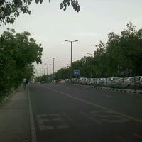Photo taken at Killer ITO Xing by Shubhashish P. on 6/19/2012