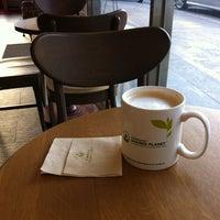 Photo taken at Starbucks by Daniella C. on 2/9/2012
