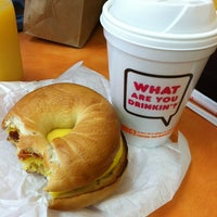 Photo taken at Dunkin' Donuts by Michelle H. on 4/18/2012