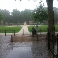 Photo taken at Queen Square by Макс Ц. on 8/31/2012
