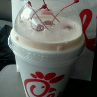 Photo taken at Chick-fil-A by ~Roni~ on 7/25/2012