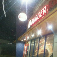 Photo taken at Burger King by Angelis D. on 2/27/2012