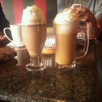 Photo taken at Green Bean Coffee Co. by Tamara M. on 3/7/2012
