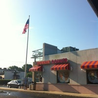 Photo taken at Dunkin Donuts by Robbie E. on 7/16/2012