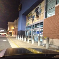 Photo taken at Best Buy by Ada G. on 4/28/2012