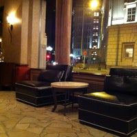 Photo taken at The Emily Morgan San Antonio - a DoubleTree by Hilton Hotel by Mari-chu C. on 4/5/2012