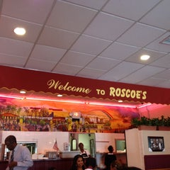 Photo taken at Roscoe's House of Chicken and Waffles - Long Beach by Nicholas T. on 7/24/2012