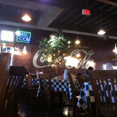 Photo taken at Fuddruckers by FooBear408 on 7/20/2012