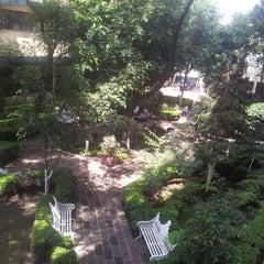 Photo taken at Universidad de Negocios ISEC by Diego L. on 8/31/2012