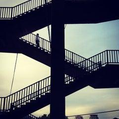 Photo taken at ท่าเรือสาทร (ตากสิน) Sathorn (Taksin) Pier CEN by Hans J. on 9/10/2012