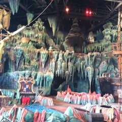 Photo taken at The Eighth Voyage Of Sindbad Stunt Show by Frank E. on 8/9/2012