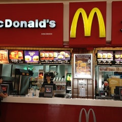 Photo taken at McDonald's by Saurabh on 8/17/2012