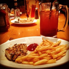Photo taken at Black Angus Restaurant by Jannah B. on 8/8/2012