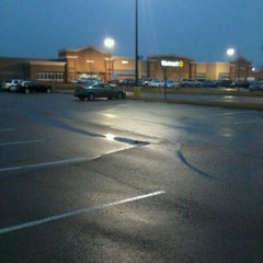 Photo taken at Walmart Supercenter by CATLADY on 11/26/2011