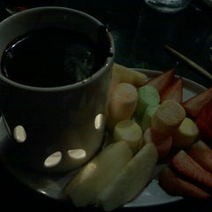 Photo taken at UMI Japanese Steakhouse by Lindsey C. on 9/17/2011
