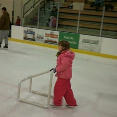 Photo taken at Duluth Heritage Sports Center by Melissa W. on 1/19/2012