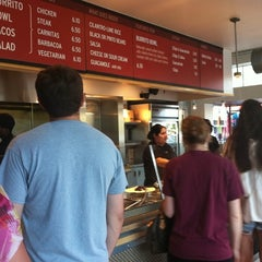 Photo taken at Chipotle Mexican Grill by Ryan D. on 6/20/2011