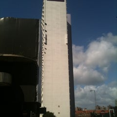 Photo taken at Premier Inn Manchester City Centre Arena Printworks by Richard P. on 4/12/2011