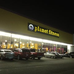 Photo taken at Planet Fitness by Unwed Fathers on 8/16/2012
