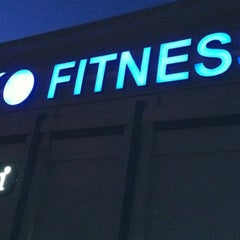 Photo taken at Ecofitness - Mt. Pleasant by Kyle on 8/11/2011