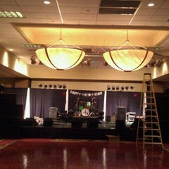Photo taken at Sheraton West Des Moines Hotel by Andrew K. on 12/31/2011