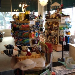 Photo taken at Sellwood Dog Supply by John H. on 12/17/2011