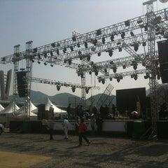 Photo taken at 동강둔치공원 by bae e. on 4/27/2012