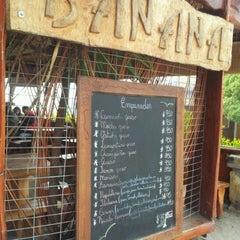 Photo taken at Empanadas Banana by Edgar Bastian A. on 9/25/2011