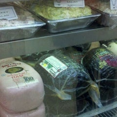Photo taken at Vicente Foods by Harry M. on 4/24/2011