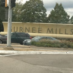 Photo taken at Gurnee Mills by Nikki L. on 9/30/2011