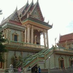 Photo taken at วัดบางหัวเสือ by Man_Used👽👾👽 on 1/19/2012
