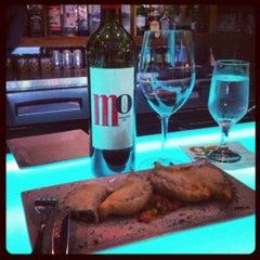 Photo taken at Di Vino Wine & Tapas by Bebo G. on 7/19/2012