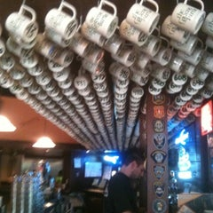 Photo taken at The Greene Turtle by Elove on 8/28/2012