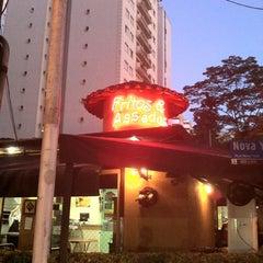 Photo taken at Fritos & Assados by Roberto F. on 12/11/2011