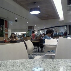 Photo taken at Shopping Cidade by Rodrigo L. on 9/29/2011