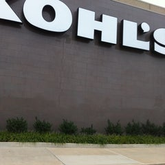 Photo taken at Kohl's by Lena C. on 9/17/2011