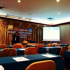 Photo taken at โรงแรมโฆษะ (Kosa Hotel) by Ekkaphong S. on 9/9/2012