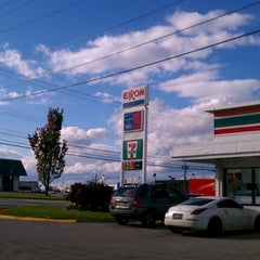 Photo taken at 7-Eleven by Patricia M. on 10/10/2012