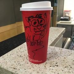 Das Foto wurde bei Starbucks von 🐱Fellbande🐱 am 1/14/2016 aufgenommen