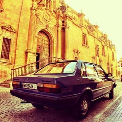 Photo taken at Catedral de Guadix by Yaroslav 🌟 L. on 8/3/2014