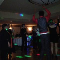 Photo taken at Sheraton Ottawa Hotel by Peter C. on 12/2/2012