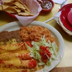 Photo taken at Las Salsas by Kevin K. on 4/11/2015