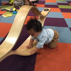 Photo taken at KidsQuest Children's Museum by Dominique M. on 8/31/2015